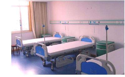 严格消毒的医院病床
